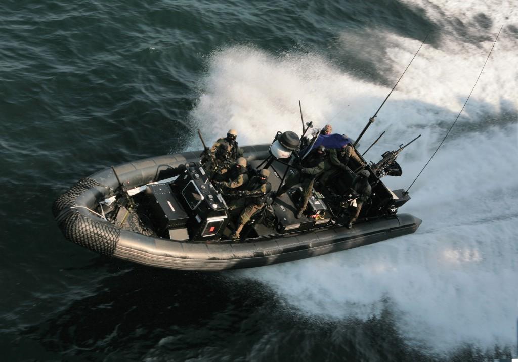 Zodiac Hurricane H1010 IO Commandos A FAIRE VALIDER